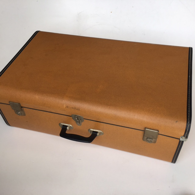 SUI0131 SUITCASE, Vintage Style - Medium Tan Hardcase $15