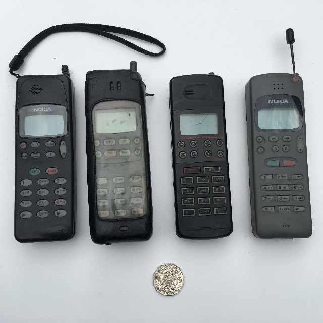 PHO0007 PHONE, Mobile 1990s Assorted $18.75