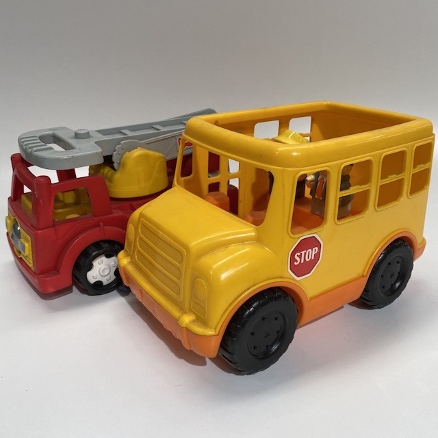 TOY0034 TOY TRUCK, Large Fisherprice Style - Plastic $6.25