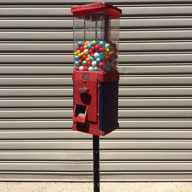 LOL0050 LOLLY, Gumball Machine - Red Vintage $30