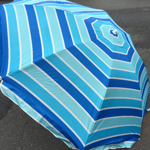 UMB0106 UMBRELLA, Beach - Three Tone Blue Stripe (Has a Tear) $18.75