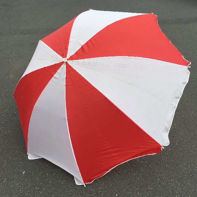 UMB0129 UMBRELLA, Beach - Red & White $12.50