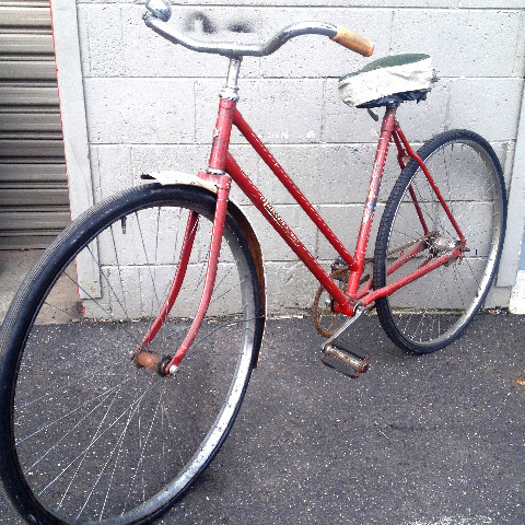 BIC0008 BICYCLE, Red Malvern Star $50