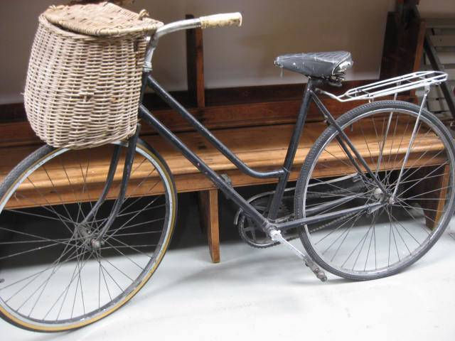 BIC0006 BICYCLE, Black Vintage with Optional Basket