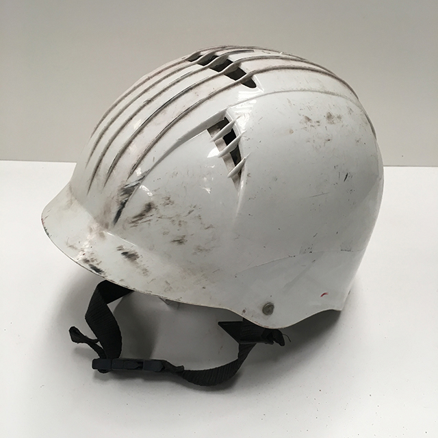 HEL0007 HELMET, Adult Bicycle - White Retro $15