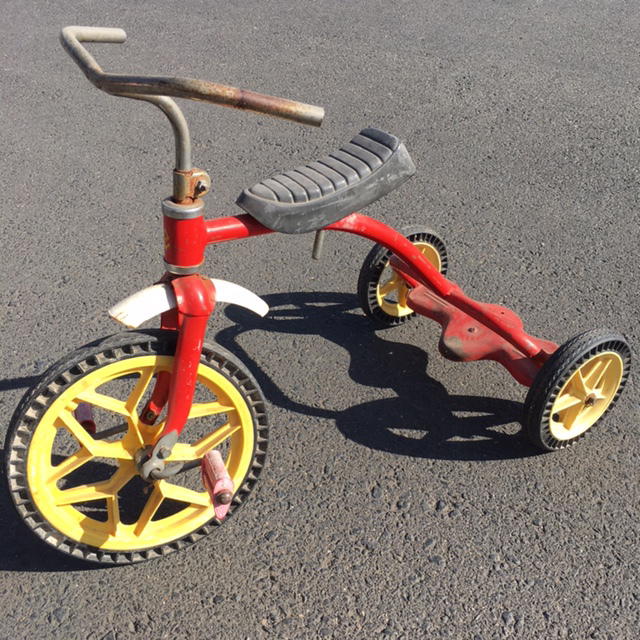 TRI0100 TRICYCLE, Kids Red & Yellow $20