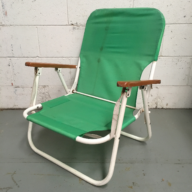 CHA0102 CHAIR, Beach - LOW Green with Timber Arms $12.50