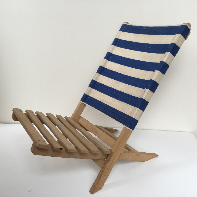 CHA0113 CHAIR, Beach - LOW Slatted Seat Blue & White Stripe $18.75