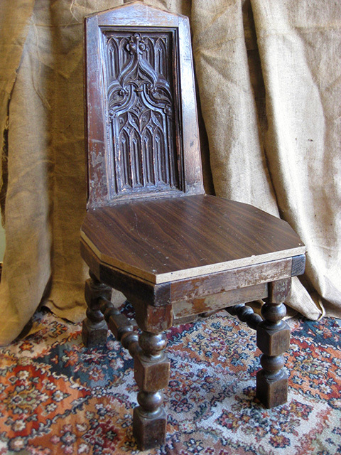 CHA0350 CHAIR, Timber - Low Medieval Style $20