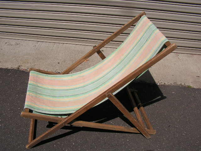 CHA0709 CHAIR, Deck Chair - Vintage Pastel, Aged Timber Frame $18.75