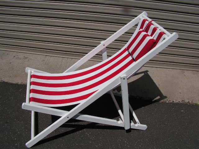CHA0712 CHAIR, Deck Chair - Red & White, White Timber Frame $18.75