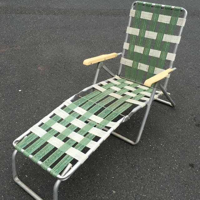 CHA0527 CHAIR, Folding Vintage Lawn Sunlounge - Green & White Webbing $30