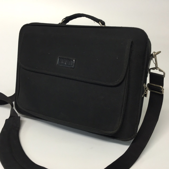 BAG0030 BAG, Laptop Case - Black Canvas $10