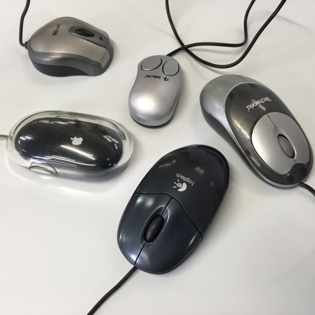 COM0329 COMPUTER, Mouse - Contemporary $6.25
