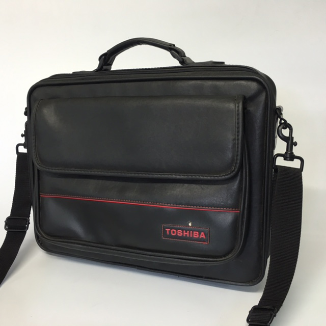 BAG0096 BAG, Laptop Case - Black w Red Detail (Toshiba) $10