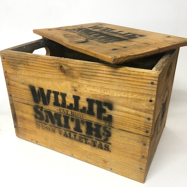 CRA0055 CRATE, Small Willie Smith w Lid  42L x 28W x 29cmH $12.50